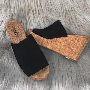 NIB Lucky Brand Black Marilyn Cork Wedges 6M